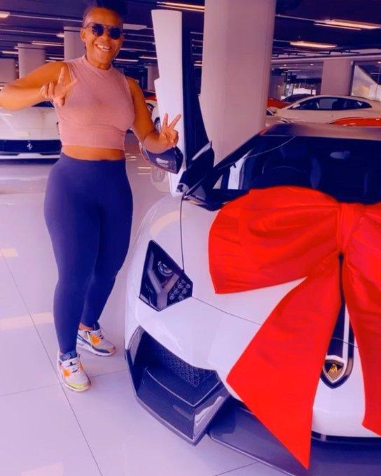 SARS Stops Zodwa Wabantu from Purchasing A Lamborghini.